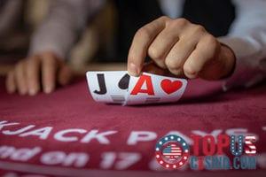 Blackjack Basics – Doubling Down